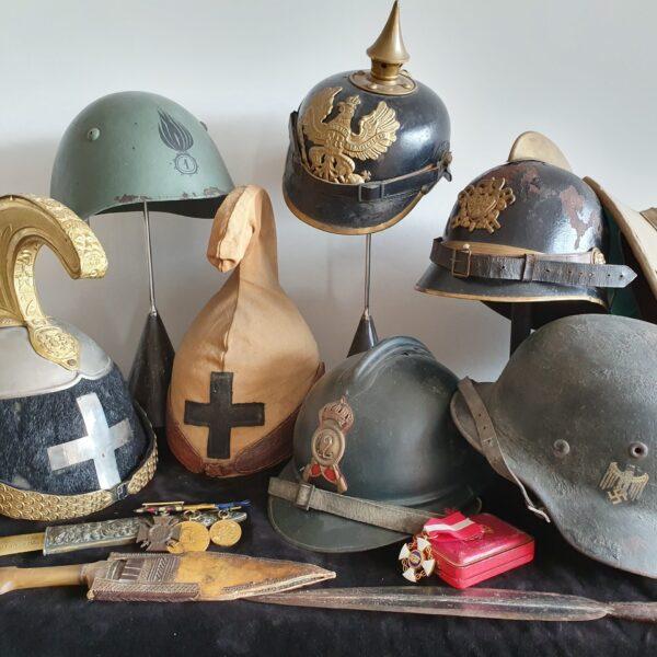 Elmi e caschi militari